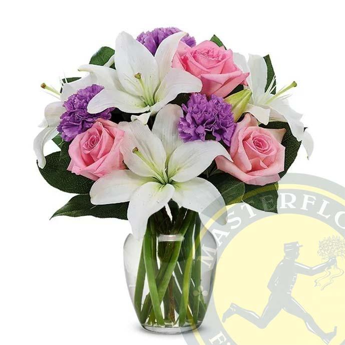 Bouquet Pastello (Rose rose, gigli bianchi e garofani viola)
