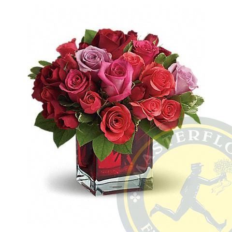 Pensiero Rosa - Rose rosse e rosa in vaso